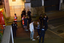 50 young people take part in a brawl at the gates of a nightclub in Andratx