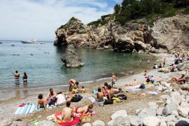 Cala Millor joins no-smoking beaches network