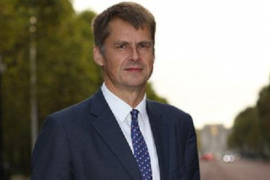 New British Ambassador Hugh Elliott arrives in Spain