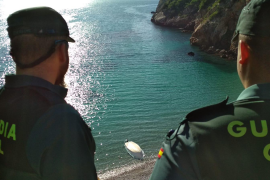 A fisherman records the arrival of illegal immigrants in Ibiza