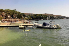 Town hall explains removal of Puerto Pollensa boats