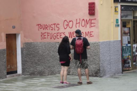 Anti-tourism slogans in Palma