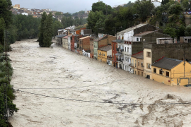 Elderly couple killed as torrential rains sweep away cars in Spain
