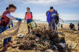 Marine litter: sources & solutions