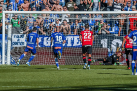 """""""Var-cical"""" penalty call sees Mallorca lose 2-0"""