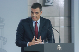 Spanish PM to visit Barcelona, criticises regional chief