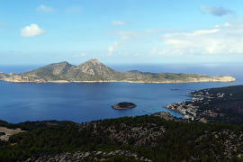 100 locals get together at sea for the protection of Sa Dragonera MPA