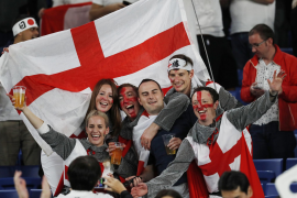 England dominate New Zealand to make World Cup final
