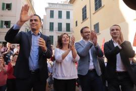 Sánchez promises funds for Majorca flood victims
