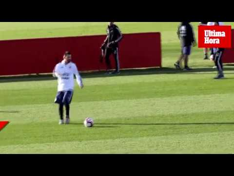 Messi training with the Argentina football team