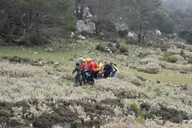 Rescued hiker dies
