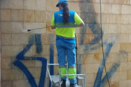 Graffiti removal in Palma