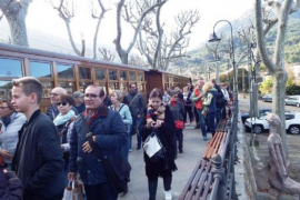 Soller train back on track next month