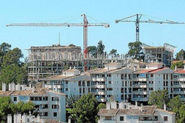 Government extends housing benefit
