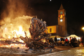 Fiesta safety advice for bonfires and correfocs