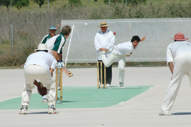 Competitive cricket returns to Majorca. Plus, fire frenzy and fiestas!