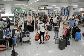 Government wanting more say in airport decisions
