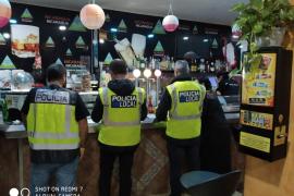 Ten arrests following Palma bar raids