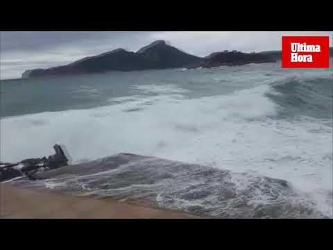 High seas in Andratx.