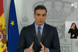 Sánchez: All non-essential work to stop