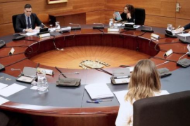 Cabinet approves suspension of non-essential work