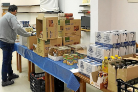 Increase in food aid to needy households in Minorca