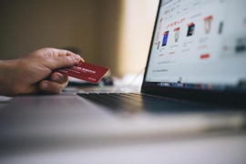 Internet shopping soared by 200% during Easter week.