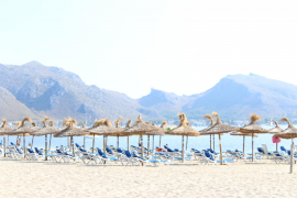 Pollensa and the revival of the beach services' row