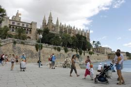 Balearics targets 3,000 tourists next month