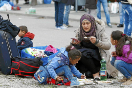 Bishop of Majorca backs Pope's call to help refugees