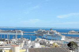 Almost a million Balearic cruise passengers up until July