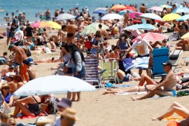 Spanish minister says land borders to open, prompts confusion