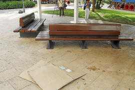 60-year-old man dies in fight over park bench