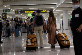 Tourists arriving to Palma airport