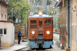 Soller train and tram resuming service in July