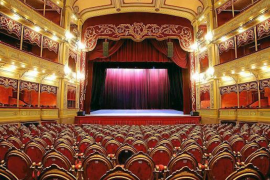 Curtain Up In Palma
