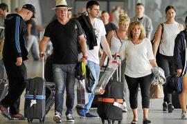 Madrid dragging its heels over flat-rate tariff and tourist tax talks