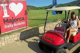 Bulletin golf tournament gets into full swing