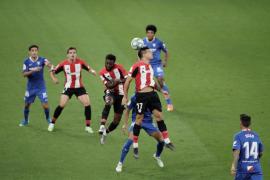 Sevilla fight back for 2-1 win at Bilbao