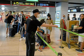Stricter controls for travellers from Spain.
