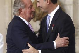 Juan Carlos to leave Spain