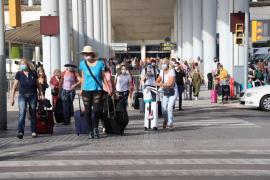 UK tour operator bookings fell more than 70% last week