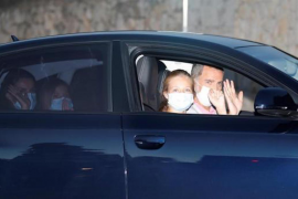 The Spanish Royals mask up for Majorca