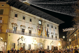 Christmas lights go on in Palma Friday evening