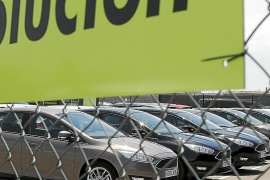 Parliament considering a cap on the maximum number of hire cars