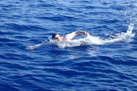 Boris swam for 11h straight to raise funds for Save The Med!