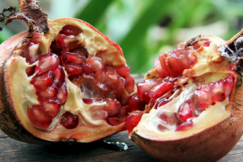 Pomegranate: the greatest autumn fruit