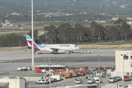 Airport passenger numbers set to decrease by 70% this winter