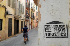 Tourist rental U-turn in Mallorca