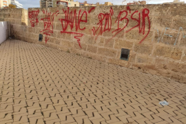 Palma town hall slammed for failure to remove graffiti
